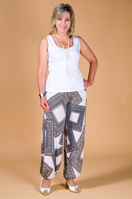 летние брюки для женщин 50 лет полных