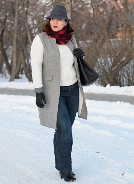 джинсы для женщины после 50 лет