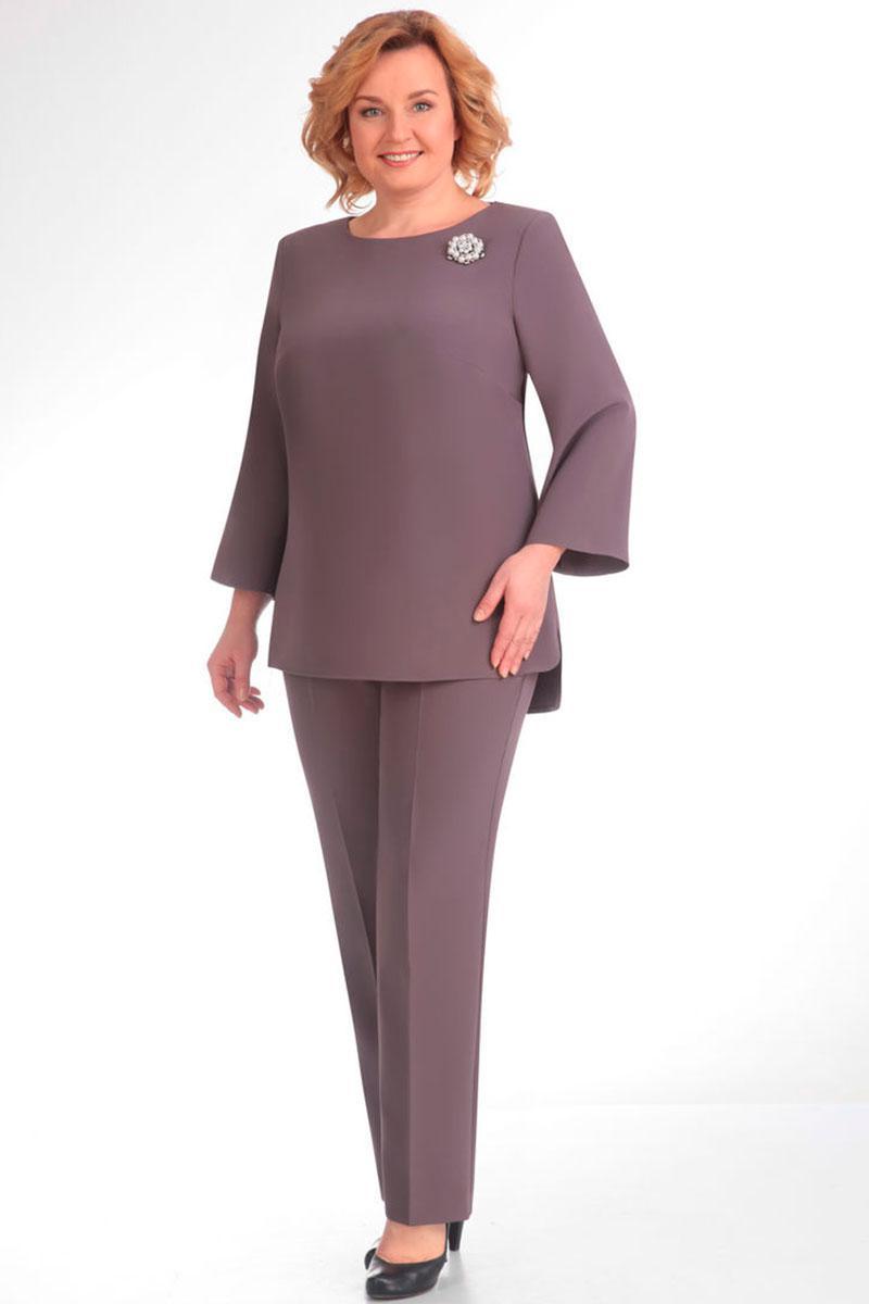 костюмы для женщин 50 лет фото
