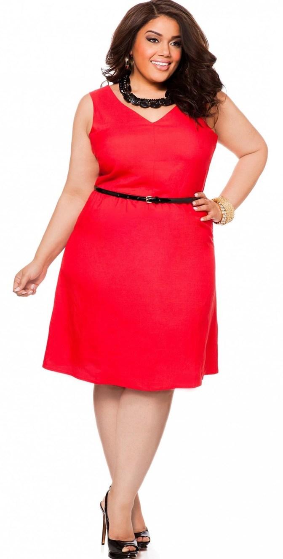 модели платьев для женщин за 50 полных