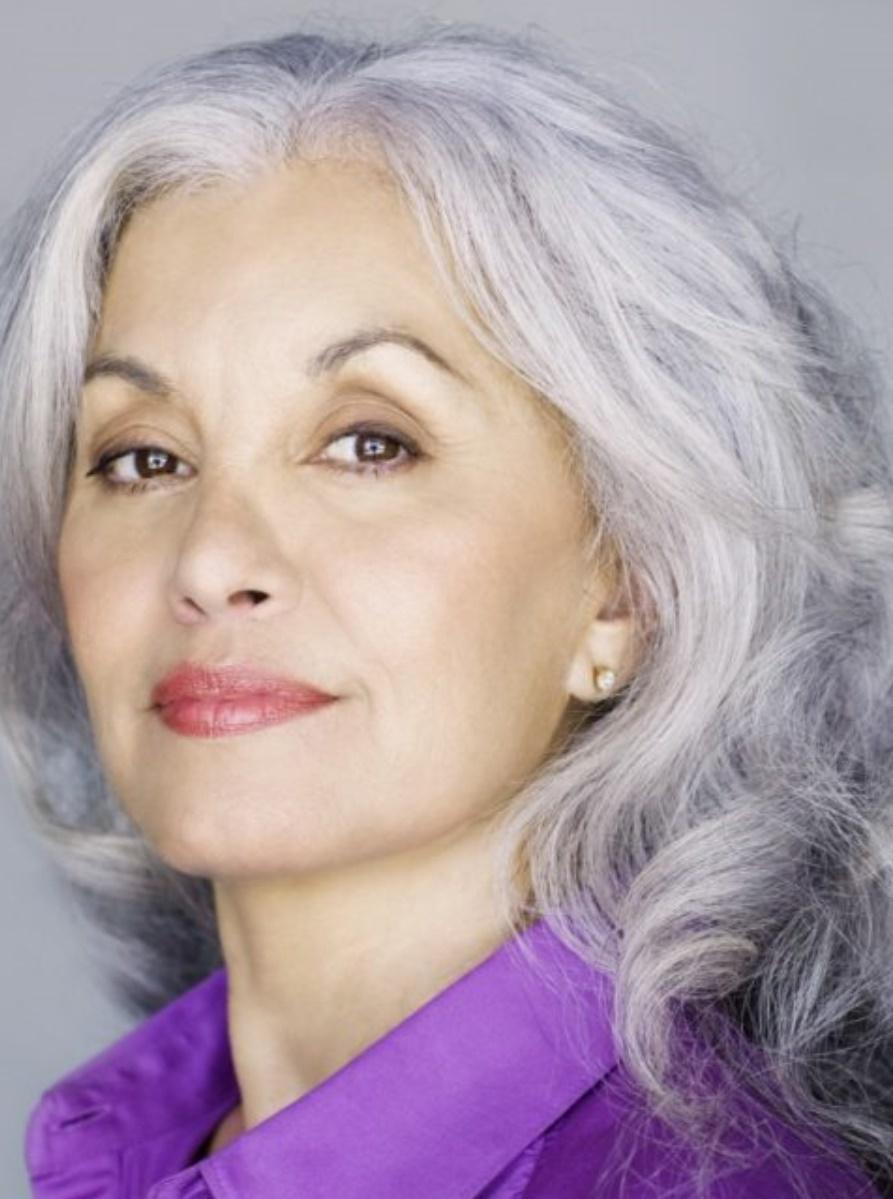 прическа на средние волосы после 50 лет