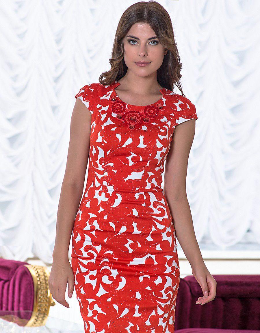 платья для женщин после 40