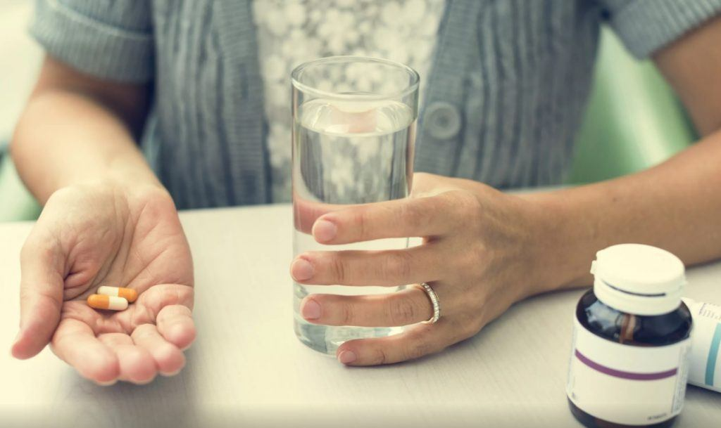 признаки стенокардии у женщин старше 60