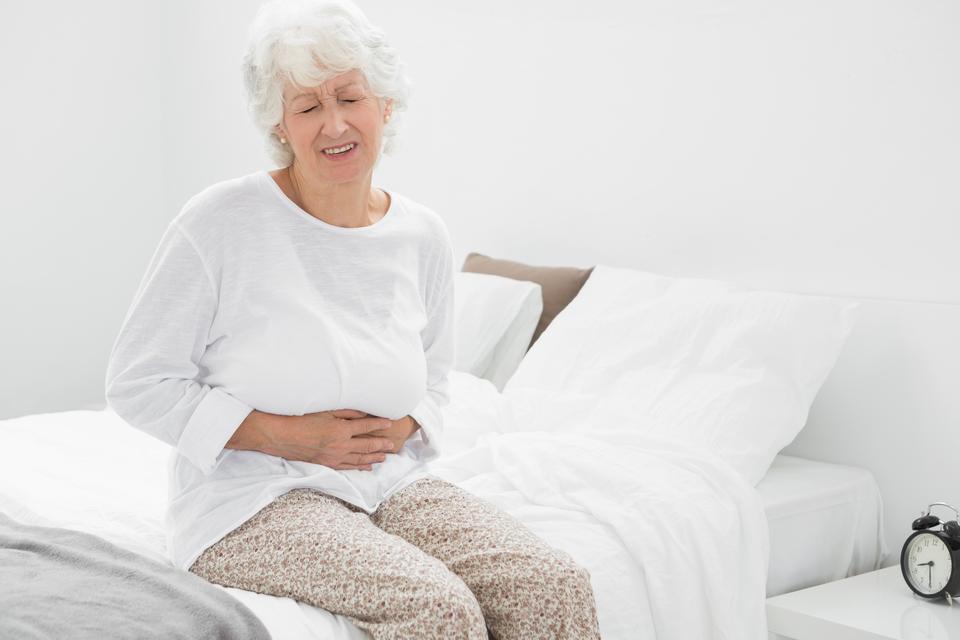 размер опухоли яичника у женщины 60 лет