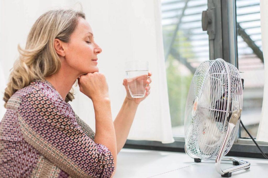 признаки микроинсульта у женщин старше 50